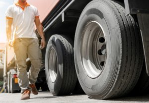 Tips for Avoiding Truck Tire Roadside Violations
